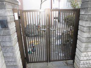 リフォのエクステリアリフォーム 藤井寺市 アルミ門扉修繕工事
